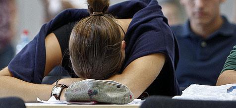 Schulklasse versetzt sich in kollektiven Tiefschlaf (Bild: APA/Herbert Neubauer)