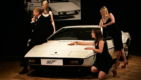 James Bonds Amphibien-Esprit versteigert