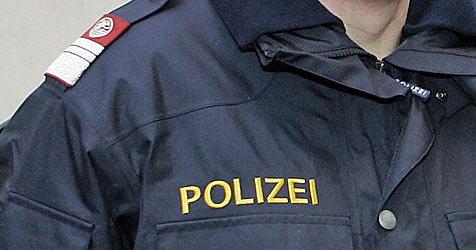 Krimineller baut mit gestohlenem Pkw Unfall - verhaftet! (Bild: KLEMENS GROH)
