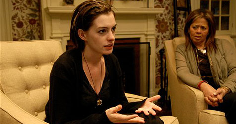 Anne Hathaway zur besten Schauspielerin gekürt (Bild: AP Photo/Sony Pictures Classics, Bob Vergara)