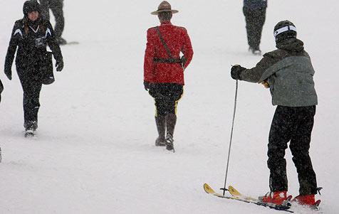 Zweite Damen-Abfahrt in Lake Louise abgesagt