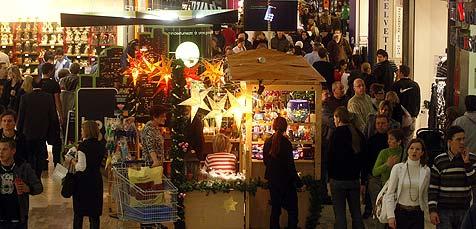 """8. Dezember  heuer ein """"Glückstag"""" für heimischen Handel (Bild: APA/Herbert Pfarrhofer)"""