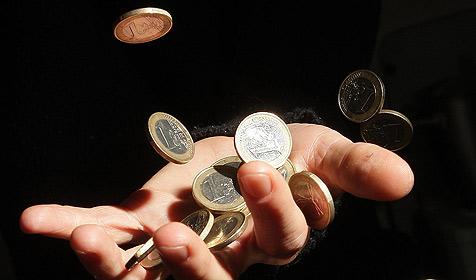 Rumäne bezahlt Strafe mit 120 Kilo Kleingeld (Bild: APA/Georg Hochmuth)