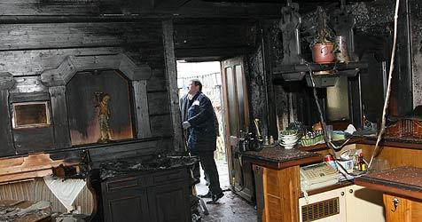 """Brandanschlag auf Lokal """"Rauchkuchl"""" (Bild: Horst Einöder)"""
