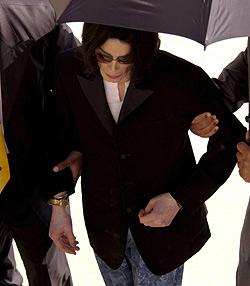 Michael Jackson braucht angeblich neue Lunge