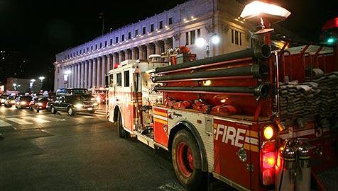 USA: Haus brennt ab - Mann schläft seelenruhig weiter