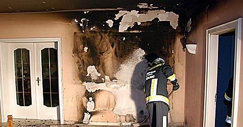 Adventkranz löst Brand in Mödlinger Villa aus (Bild: Freiwillige Feuerwehr Mödling)
