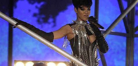 Rihanna muss einmal ganz lieb sein