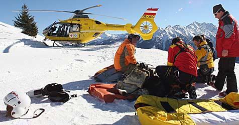 Zwölfjähriger Bub bei Skirennen im Mühlviertel verletzt (Bild: APA/Georg Hochmuth)