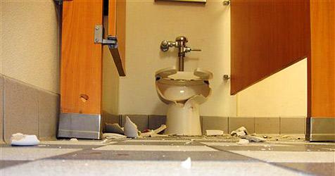 Restaurant-Toilette in Utah demoliert