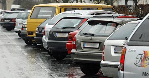 FPÖ fordert: Wien-Pendler sollen gratis parken dürfen (Bild: KLAUS KREUZER)
