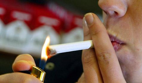 Rauchstopp fällt Frauen schwerer - Hormone schuld