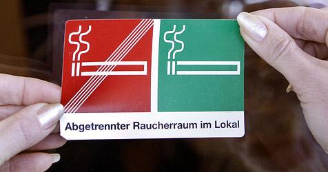 Land OÖ fördert Gastronomie-Umbaumaßnahmen (Bild: APA/HERBERT PFARRHOFER)