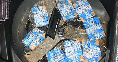 Ungarn mit 14 Kilo Heroin geschnappt (Bild: APA/Polizei)
