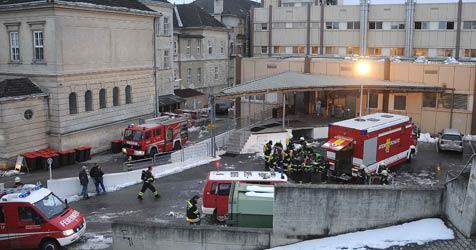 Feuer im Krankenhaus Melk ausgebrochen (Bild: APA/PAUL PLUTSCH)
