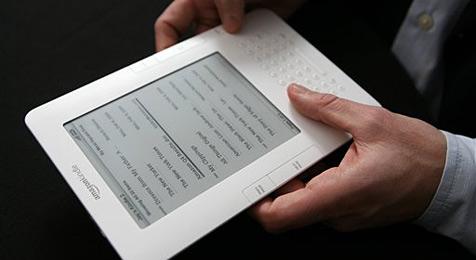 Schutzhülle verursacht Risse in Kindle-2-Gehäuse