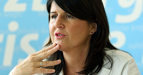Burgstaller fordert Arbeitsplätze und Steuergerechtigkeit (Bild: APA/Franz Neumayr)