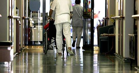 Spitalsreform geht nicht auf Nöte der Pflegenden ein (Bild: APA/Harald Schneider)