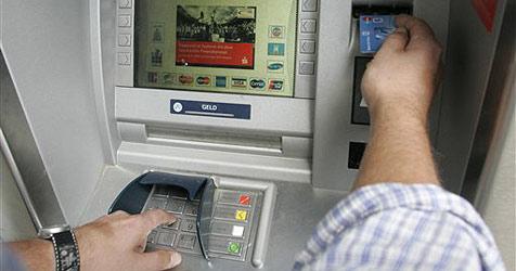 Welser will Bankomat mit Seil nach Hause bringen (Bild: AP)
