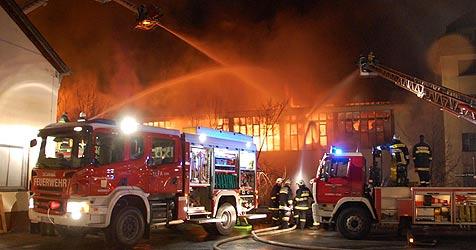 Prozess um Brandstiftungen in Hirschwang (Bild: FF Hirschwang)