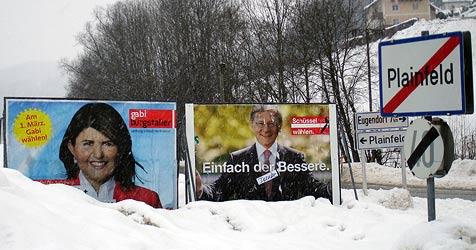 Uralt-Plakate belustigen Salzburger Wähler (Bild: APA/GEORG HEINRICH)