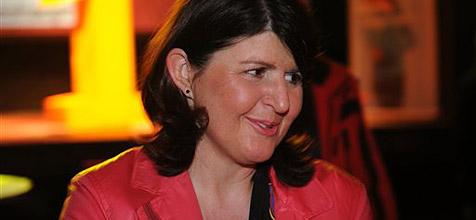 Gabi Burgstaller als Vorsitzende der Landes-SP bestätigt