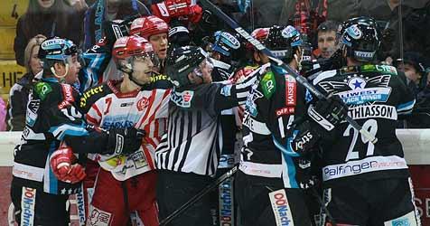 Black Wings im 5. Halbfinale zum Siegen verdammt (Bild: APA/Rubra)