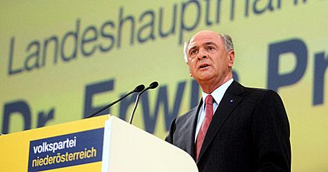 Erwin Pröll als ÖVP-Landeschef bestätigt (Bild: APA/Herbert Pfarrhofer)