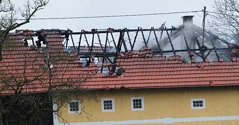 Kinder verursachen Feuer auf Hof von Politikerin (Bild: Kerschi)