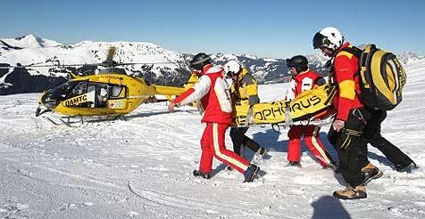 Drei Deutsche bei zwei Skiunfällen schwer verletzt (Bild: APA/Georg Hochmuth)