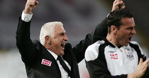 Coach Krankl kann sich mit LASK nicht einigen (Bild: APA/rubra/Rudolf Brandstaetter)