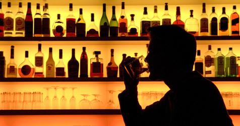 Polizei entdeckt gut ausgestattete Bar in Gefängnis (Bild: Klaus-Dietmar Gabbert dpa /lbn)