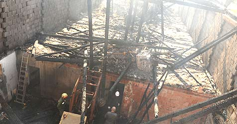 Feuer zerstört Bauernhof in Lembach (Bild: Hannes Markovsky)