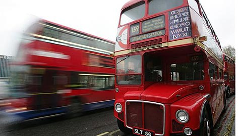 Athlet bei Bus-Sprint entdeckt (Bild: AP)