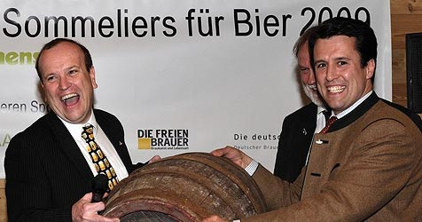 """Bier-Sommeliers"" küren in Anif ihren Weltmeister (Bild: APA/Andreas Grieger)"