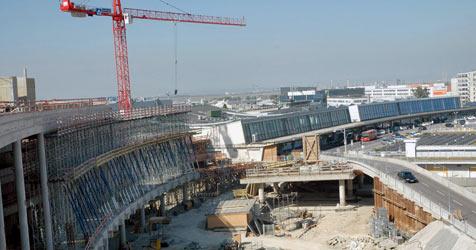 """Bautätigkeiten am """"Skylink"""" wieder aufgenommen (Bild: APA/ERNST WEISS)"""