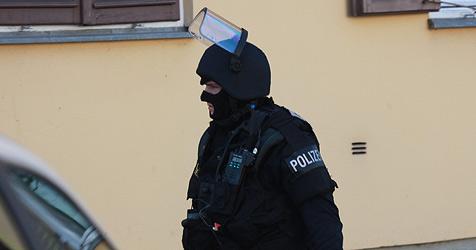 Wegen Mordes gesuchter Serbe in Neumarkt verhaftet (Bild: Sepp Pail)