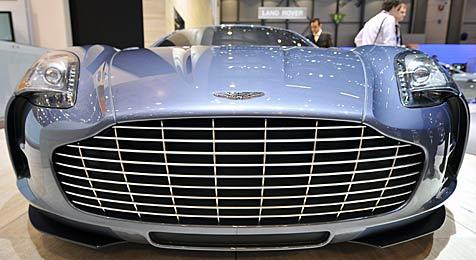 Australier legt 4 Mio. Dollar für Aston Martin hin (Bild: EPA/SANDRO CAMPARDO)