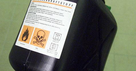 Schüler setzt Benzinkanister in Brand (Bild: Andi Schiel)