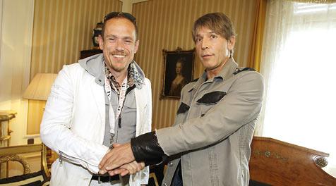 Shakehands zwischen Keszler und Heinzl (Bild: Reinhard Holl)