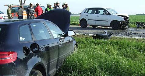 Zwei Verletzte bei Unfall in Probstdorf (Bild: ÖAMTC)