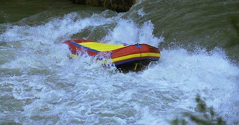 Dramatische Rettungsaktion nach Raftingunfall (Bild: APA)