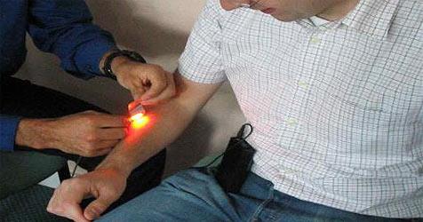 Pflaster mit OLED-Technologie entwickelt (Bild: www.lumicure.com)