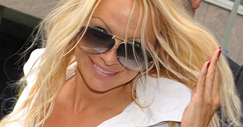 Pam Anderson bei Justizministerin Bandion-Ortner