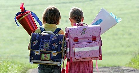Wenig Einkommen? Land gibt Schüler-Zuschüsse (Bild: APA/FRANZ NEUMAYR)