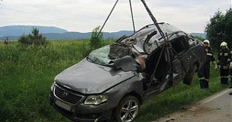 Unfälle fordern zwei Todesopfer und 68 Verletzte (Bild: FF Neunkirchen)