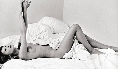 Aufregung um altes Nacktfoto von Bruni (Bild: Villa Grisebach Auktionen, Berlin)