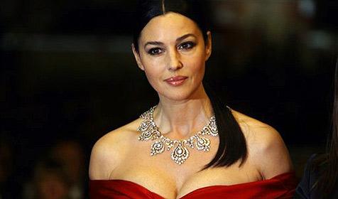Monica Bellucci pfeift auf Schlankheitswahn