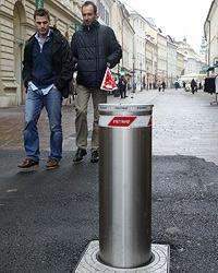 1.300 Unterschriften gegen die Pollerflut (Bild: Klaus Kreuzer)