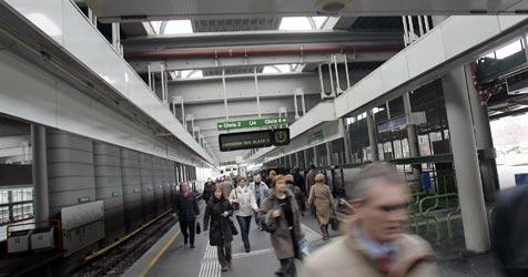 63-Jährige stirbt bei Sturz in U-Bahn-Station (Bild: Martin A. Jöchl)